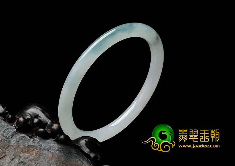 糯冰种飘花缅甸翡翠细圆条手镯(58.4mm)