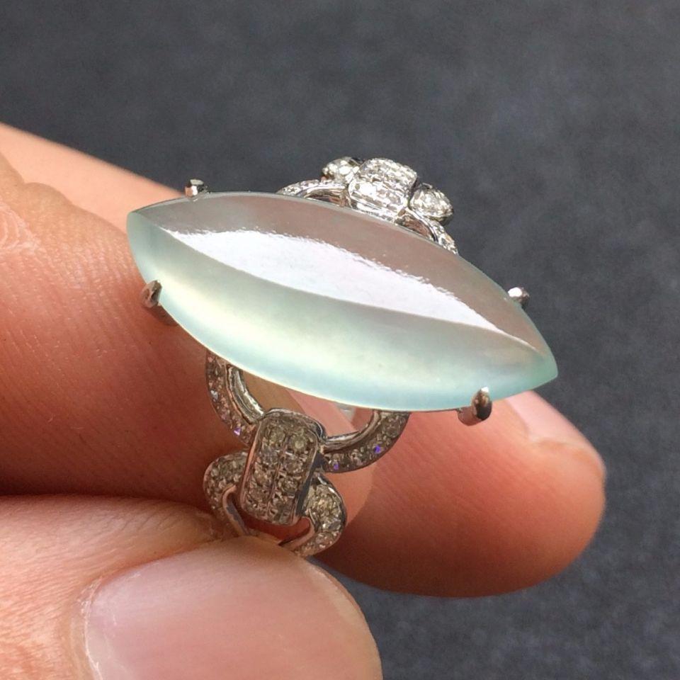 镶白18K金钻石冰种晴水色翡翠戒指