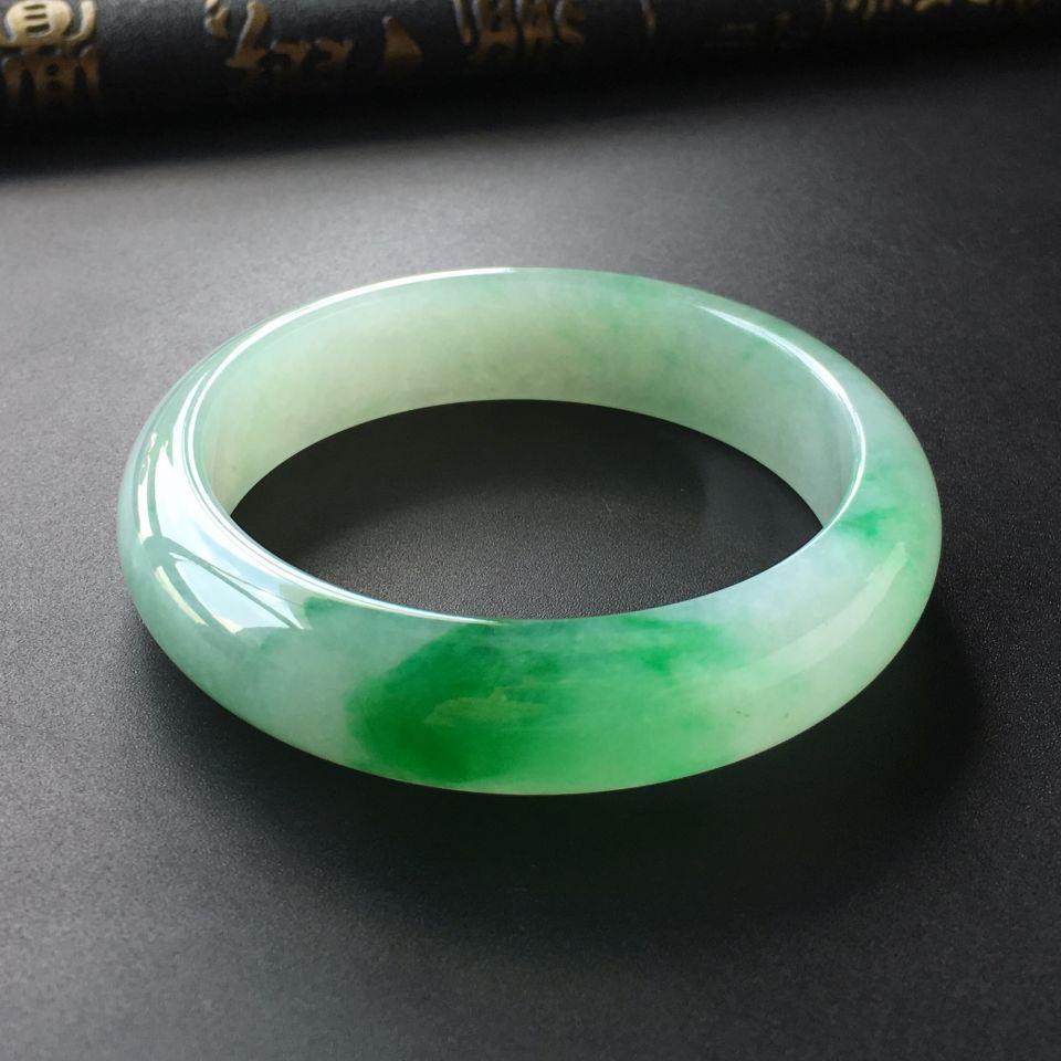 (超值推荐)糯冰种飘翠手镯(55mm)