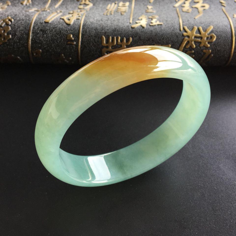 (超值推荐)糯冰种晴水黄翡贵妃镯(56.7mm-49.5mm)