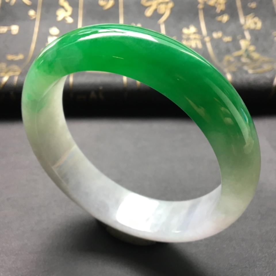 糯冰种阳绿手镯(58.8mm)