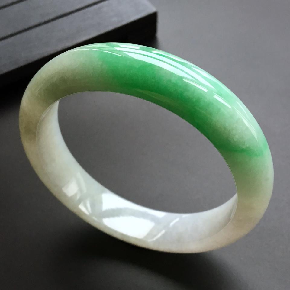 糯冰种飘翠手镯(57.5mm)