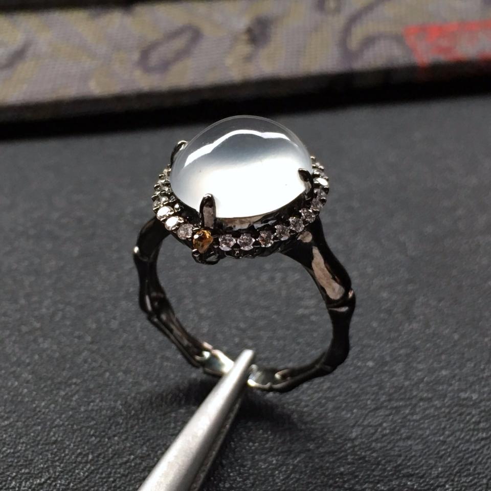 冰种起光白色镶18k金钻石戒指