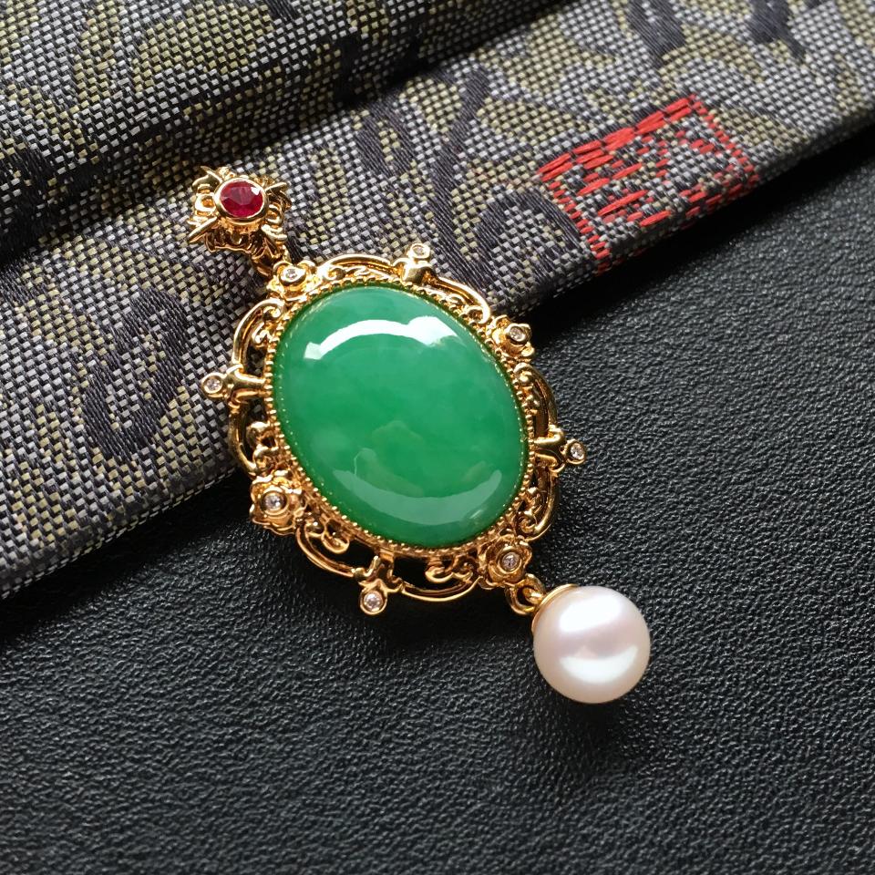 糯冰种豆绿镶18k金钻石/珍珠/彩宝设计款吊坠