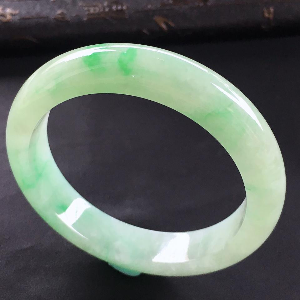 糯冰种飘翠手镯(56.2mm)