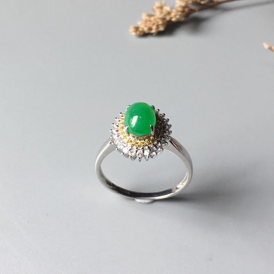 (超值推荐)镶白金钻石糯冰种翠色戒指