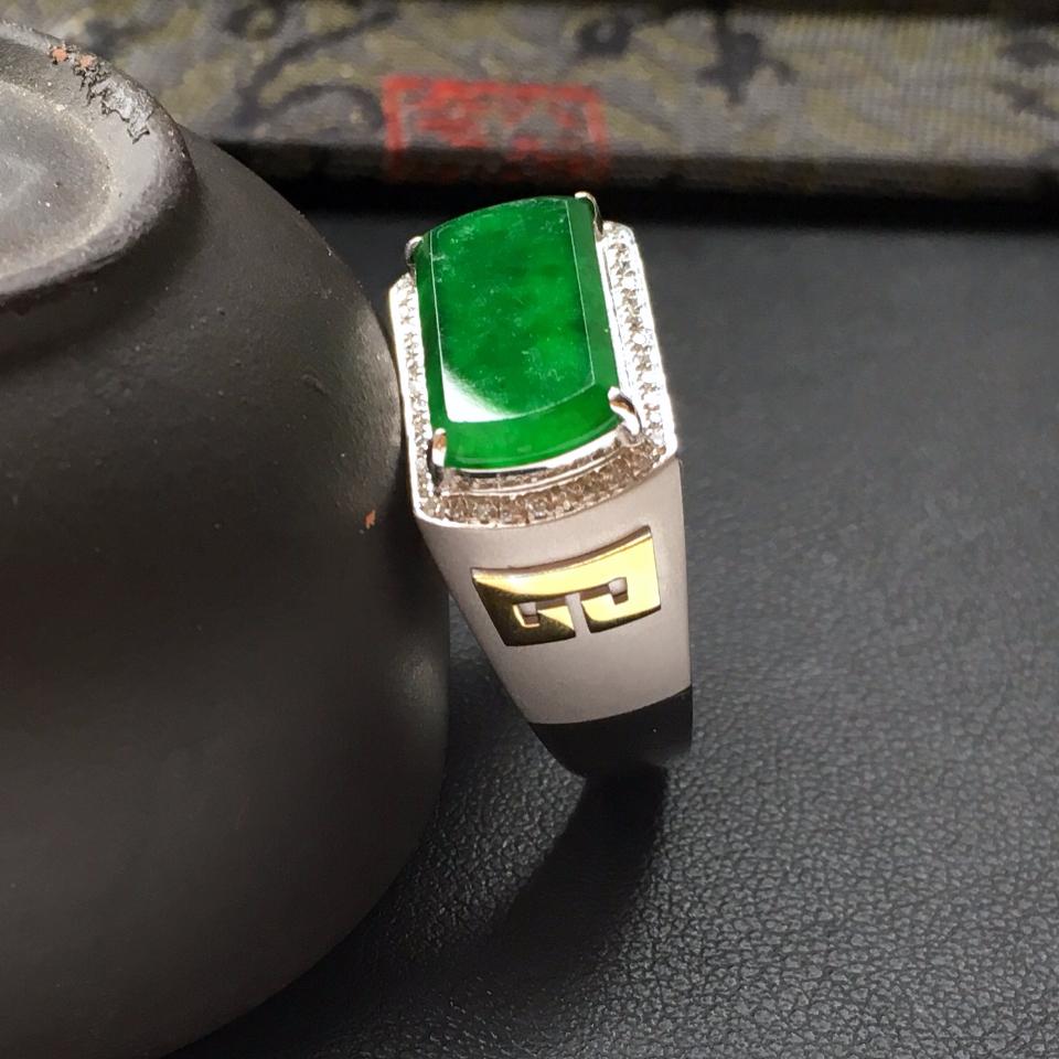 (超值推荐)糯冰种深绿镶白金钻石马鞍戒指