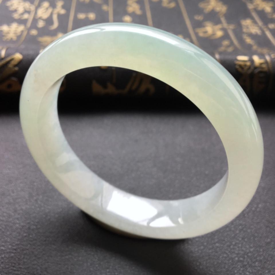(超值推荐)糯冰种晴水手镯57.4mm