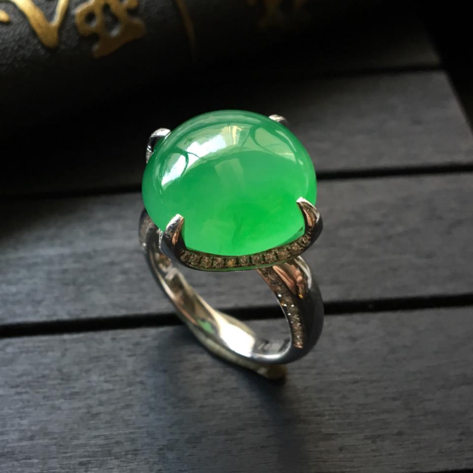(超值推荐)冰种翠绿镶白金钻石戒指13.5#