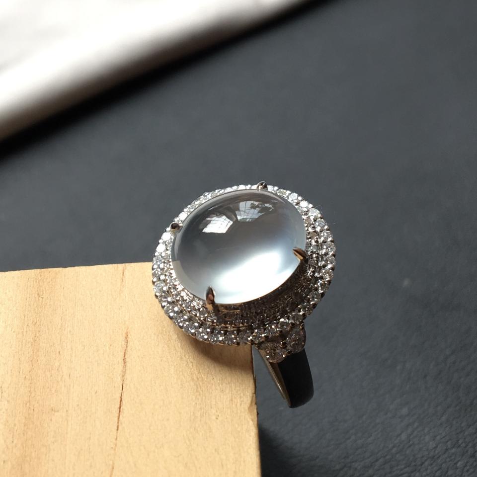 (超值推荐)翡翠玻璃种强莹光无色镶白金钻石戒指