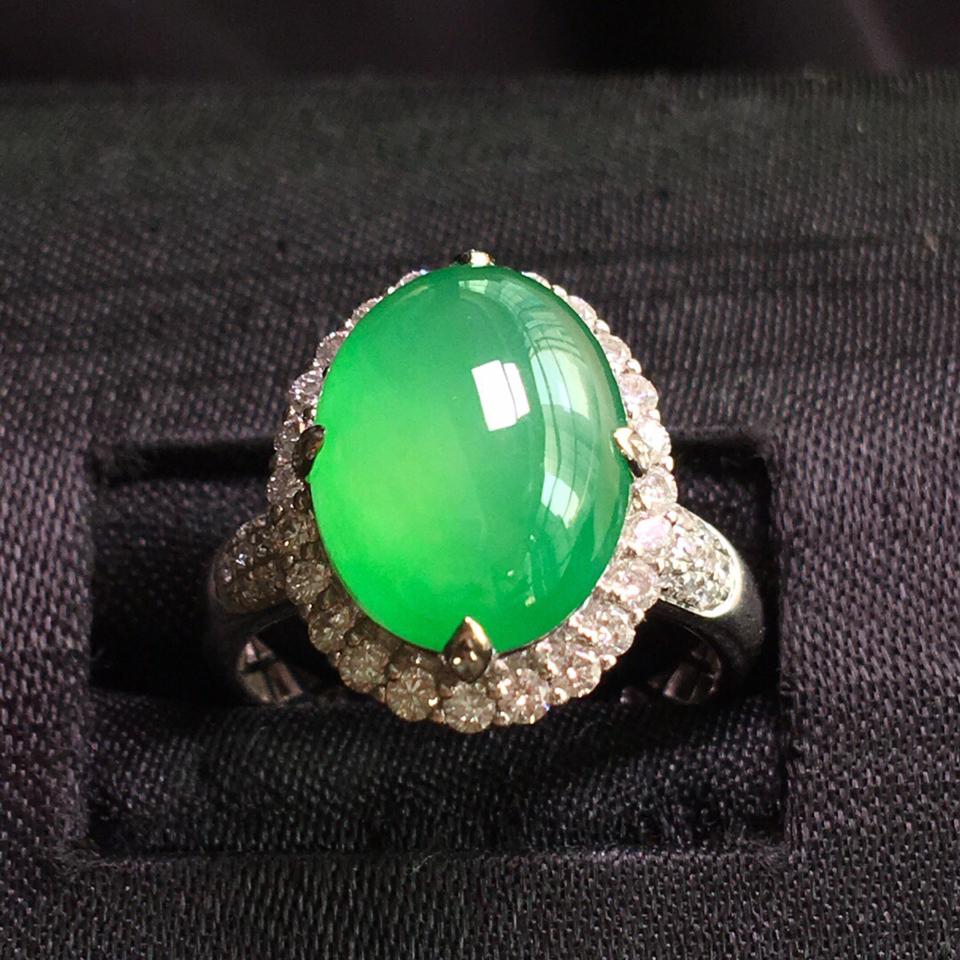 (超值推荐)冰种苹果绿镶白金钻石戒指翡翠