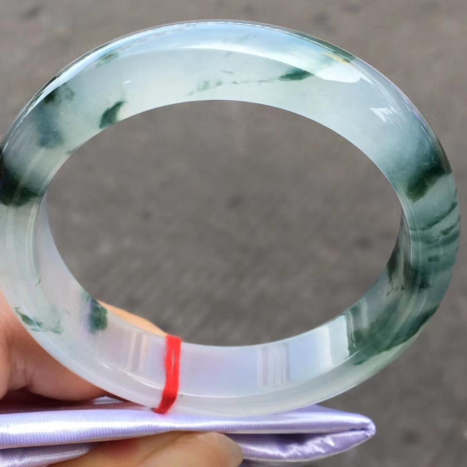 冰种飘花手镯(58mm)翡翠