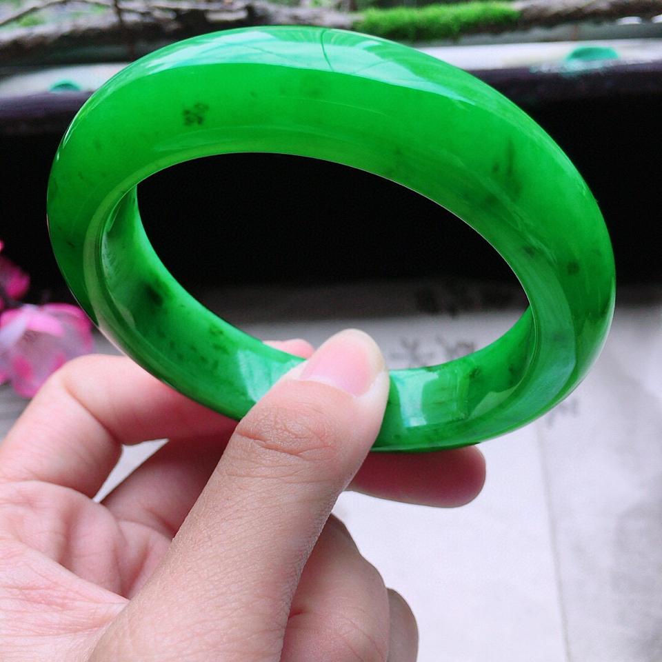 收藏級翡翠糯冰種滿綠正圈手鐲54mm