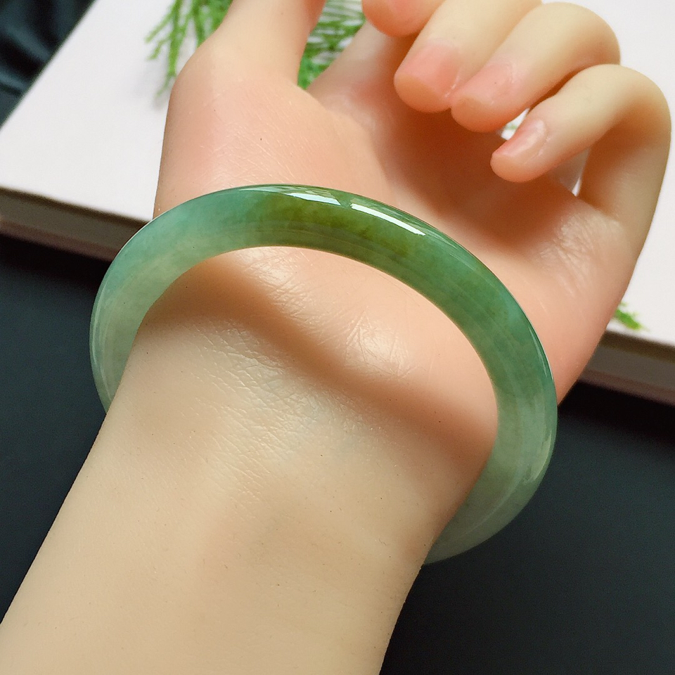 圆条53.2mm,糯化种晴绿黄翡手镯