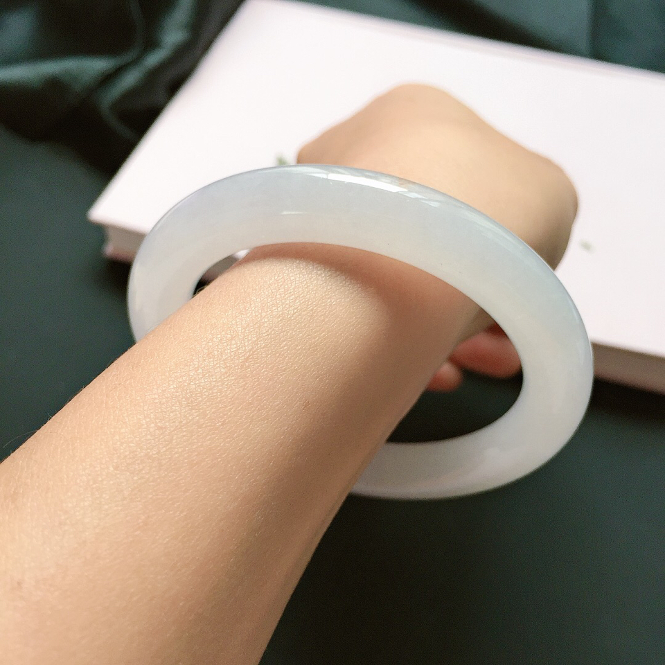 圆条56mm,糯化种白色手镯