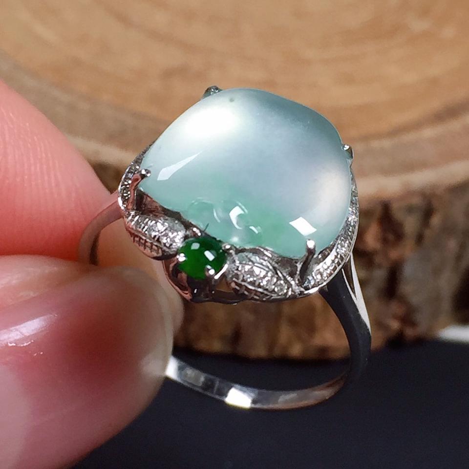 冰润苹果造型翡翠戒指