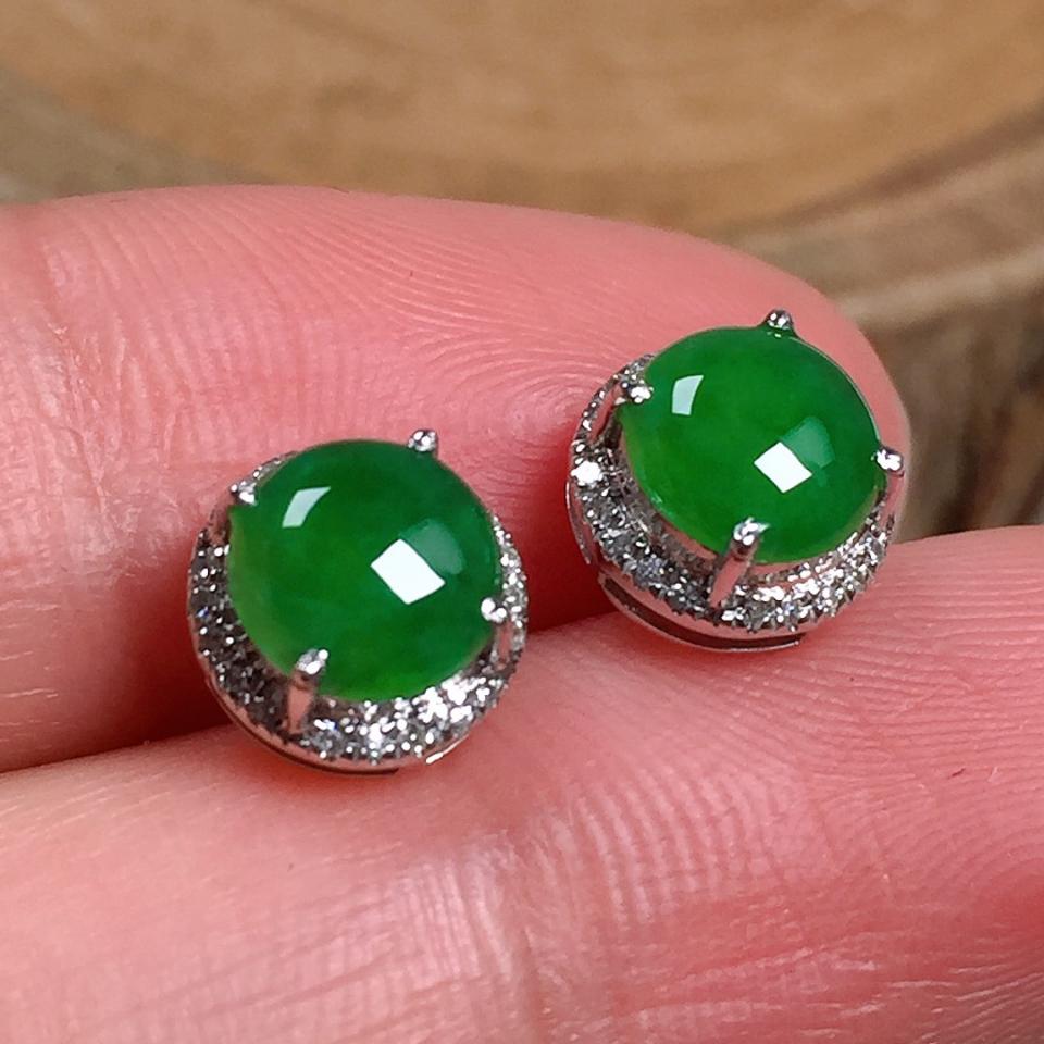 冰润满绿蛋面翡翠耳钉
