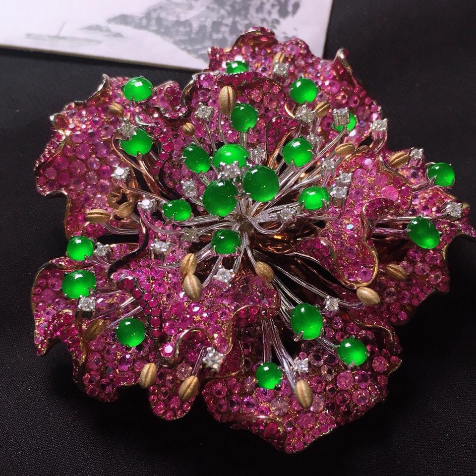 冰玻种阳绿镶彩金钻石胸针翡翠