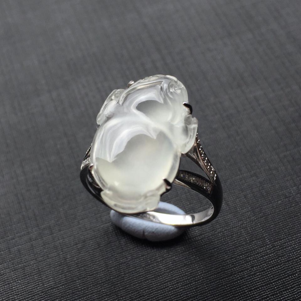 (超值推荐)镶白金钻石白冰翡翠金蟾戒指