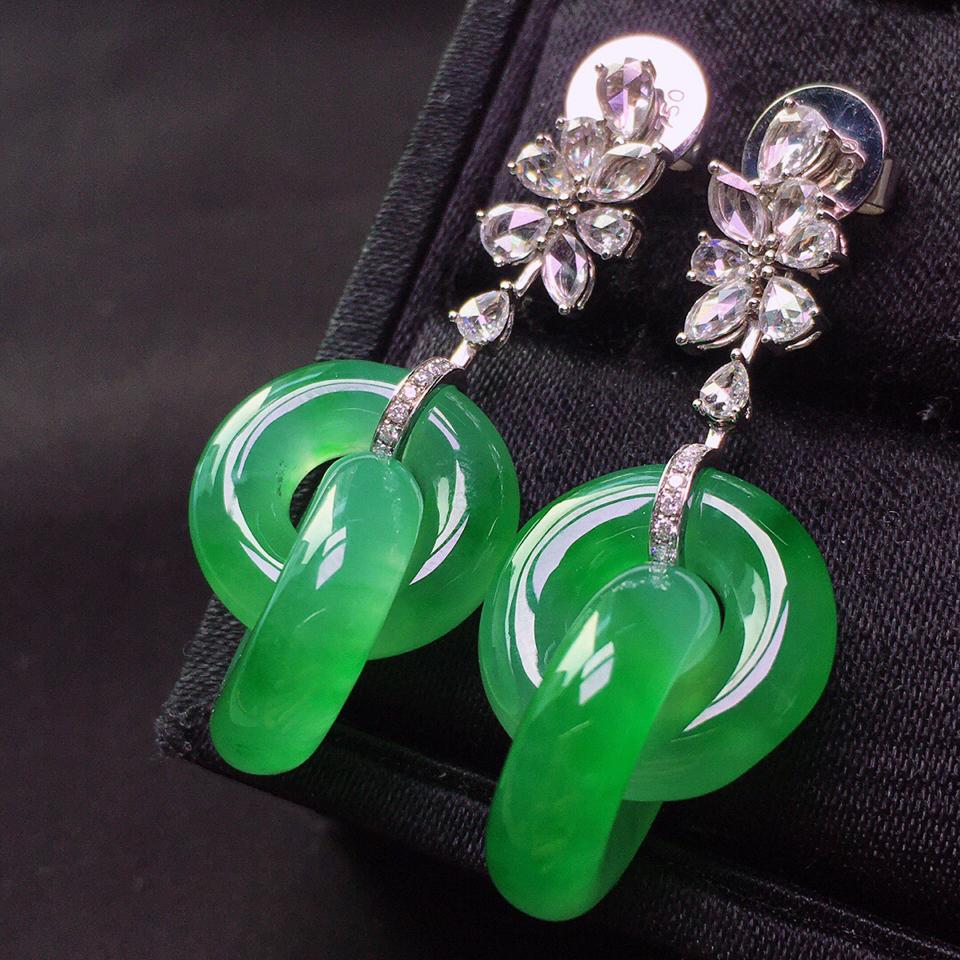 冰玻种绿晴水镶18K白金钻石环环相扣耳坠翡翠