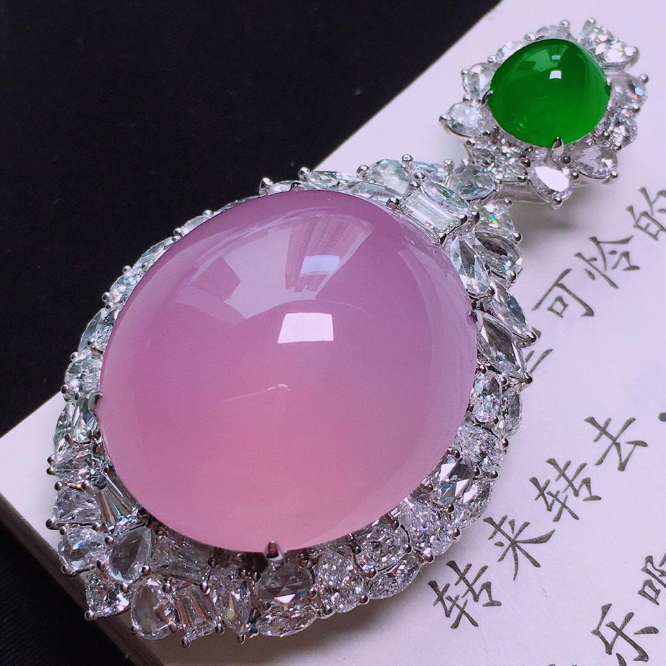 冰玻种紫罗兰镶白金钻石胸坠翡翠