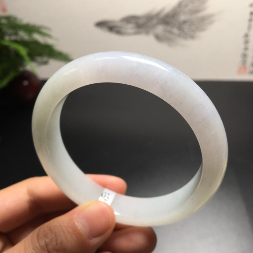 (超值推荐)糯冰种淡晴水手镯(55.8mm)翡翠