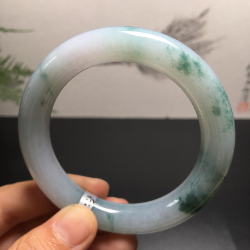 (超值推荐)糯冰种飘花圆条手镯(54mm)翡翠