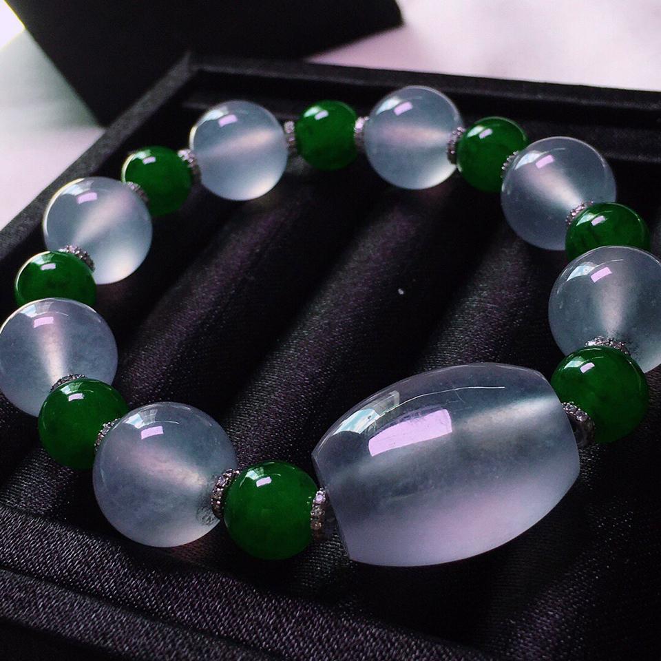 冰玻种8颗珠子手串翡翠