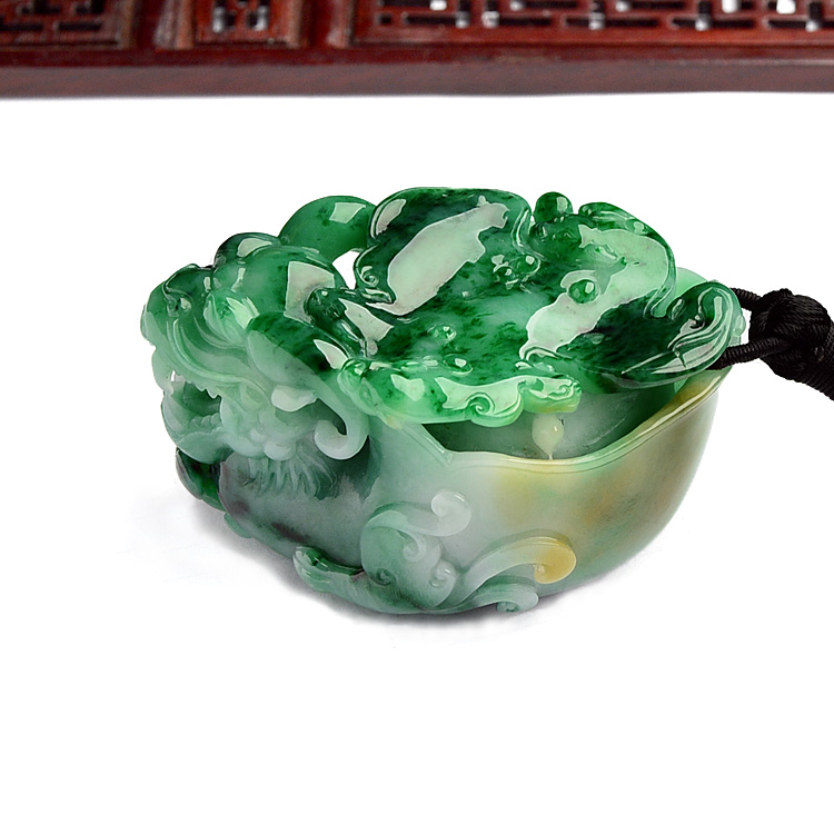 (超值推荐)糯冰种三彩龙头龟手玩件