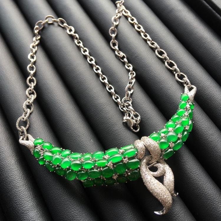 (超值推荐)冰种阳绿镶白金钻石项链