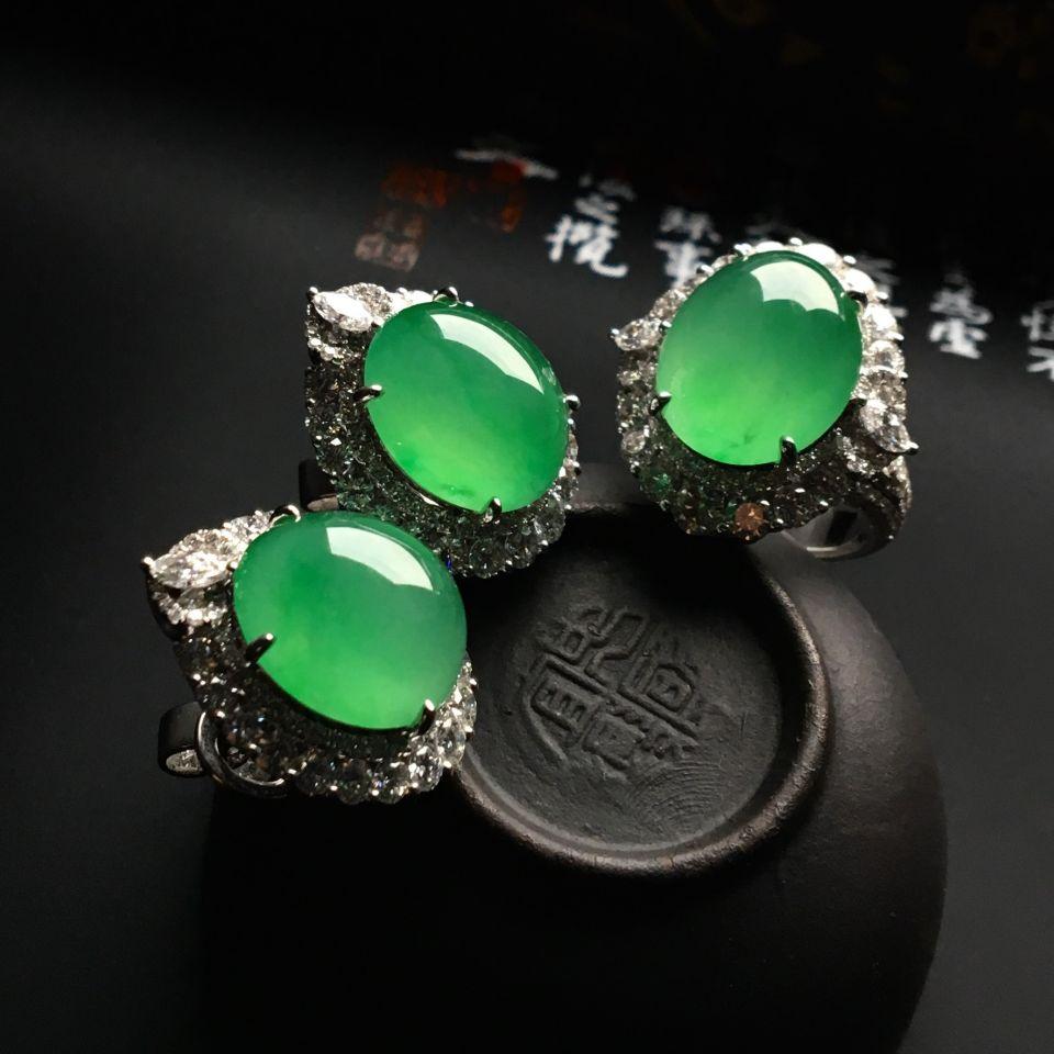(超值推荐)镶白金钻石冰种绿晴水戒指/耳钉(一套)