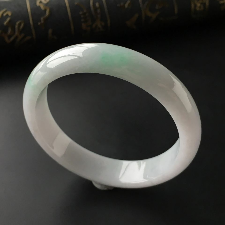 (超值推荐)糯冰种飘翠手镯(59.5mm)