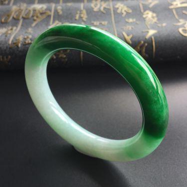 (超值推荐)糯冰种浓阳绿圆条手镯(56mm)