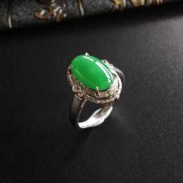(超值推荐)糯冰种翠色镶白金钻石戒指