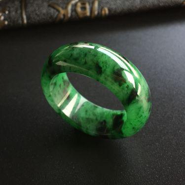 (超值推荐)糯冰种廯加绿指环
