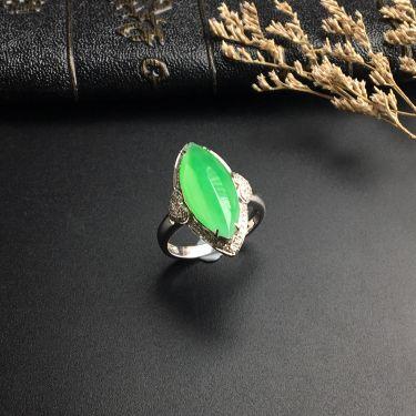 (超值推荐)冰种翠色镶白金钻石马眼戒指