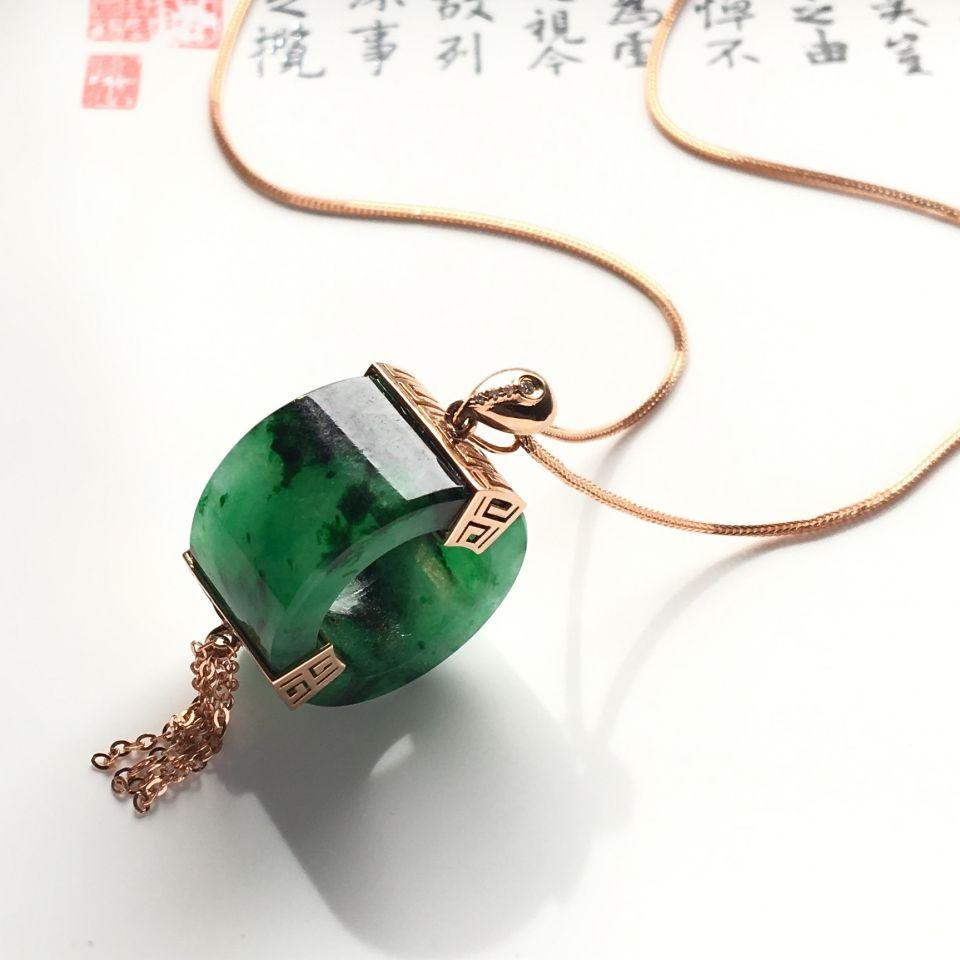 镶玫瑰金钻石糯冰种浓绿路路通胸坠(银链)