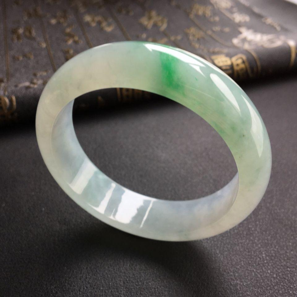 糯冰种飘翠手镯(56.6mm)