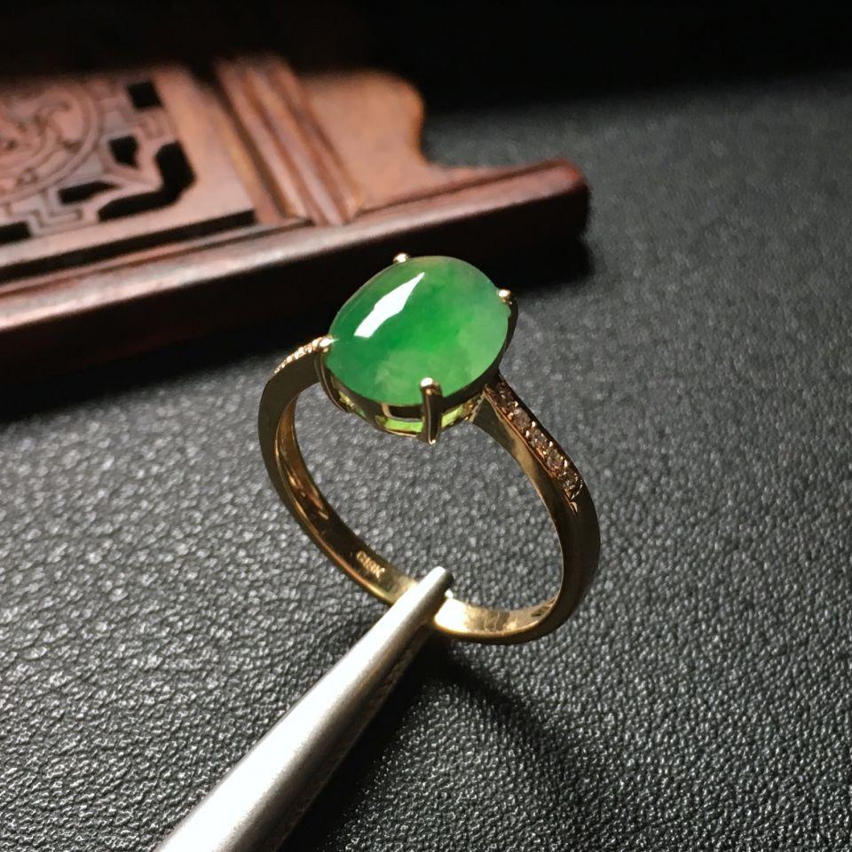 冰种飘翠镶玫瑰钻石戒指