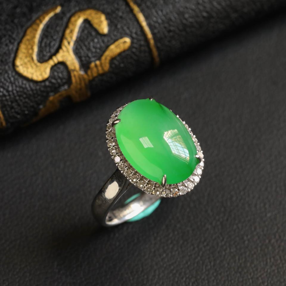 镶白18K金钻石冰种晴水飘翠戒指